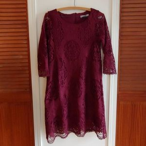 MAROON RWD LAVE DRESS SIZE SMALL